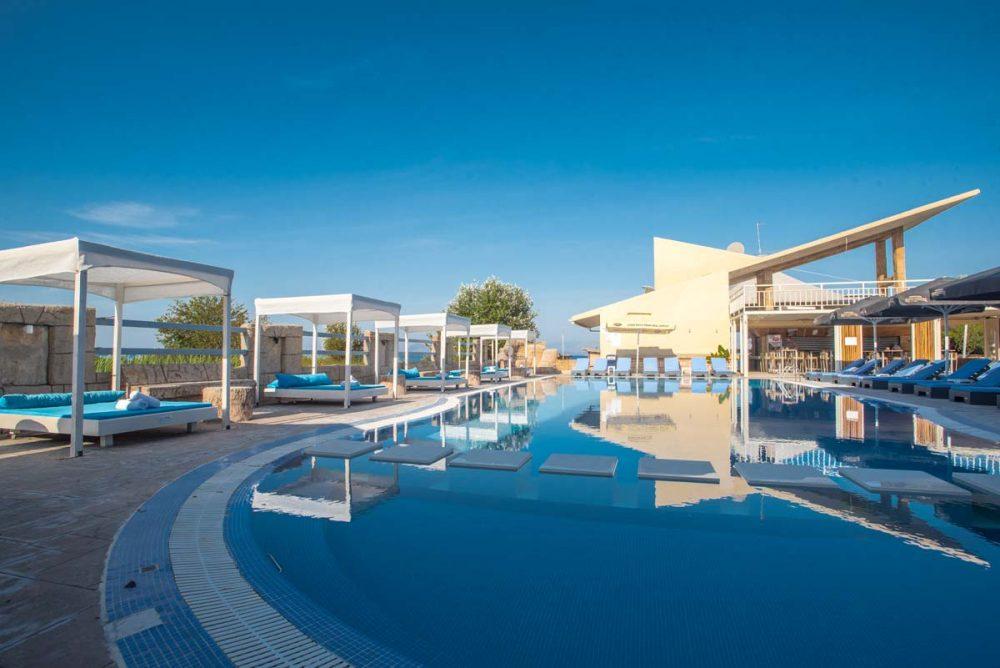 Islandkavos corfu holidays in kavos accommodation activities cruises 07